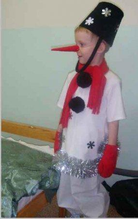 Сделать костюм своими руками снеговика