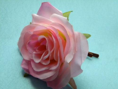 Как сделать цветок для заколки своими руками