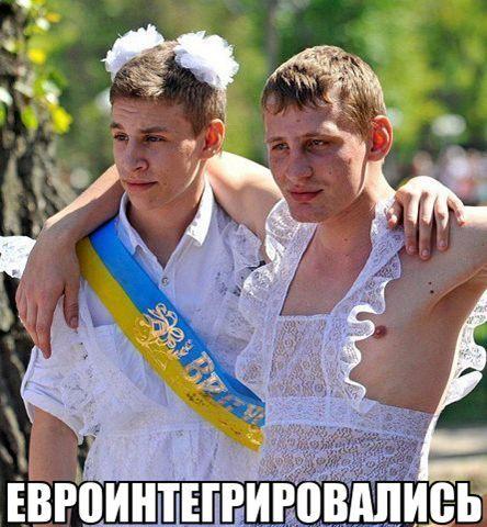 pod-yubkoy-u-rossiyskih-znamenitostey-erotika-foto