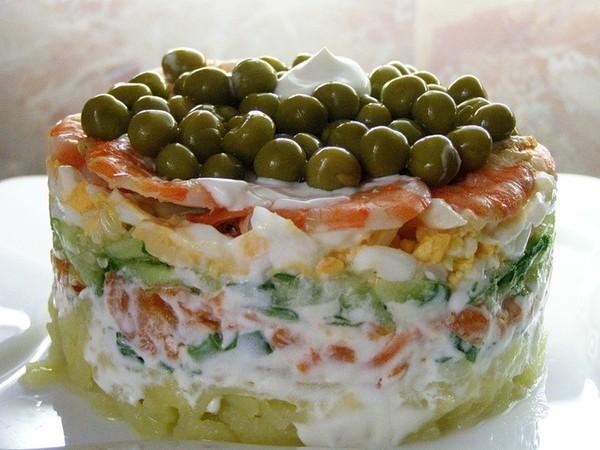 Салаты слоеные с кальмарами рецепты с