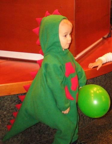 Шапка динозавра своими руками