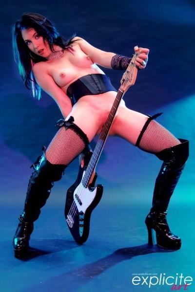 откровенные фото рокерш