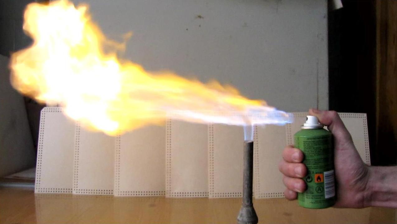 Рисуем огонь из баллончика