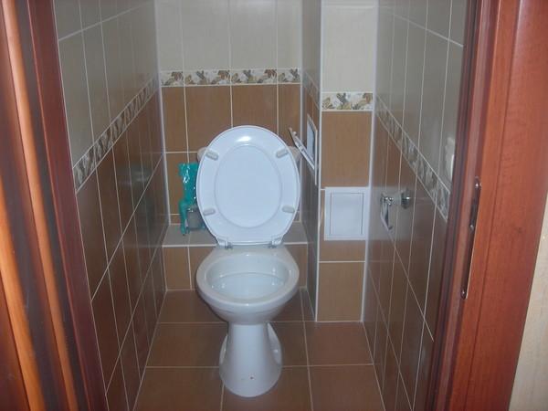 Выкладываем плитку в туалете своими руками
