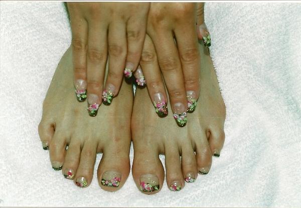 Дизайн ногтей руки и ноги