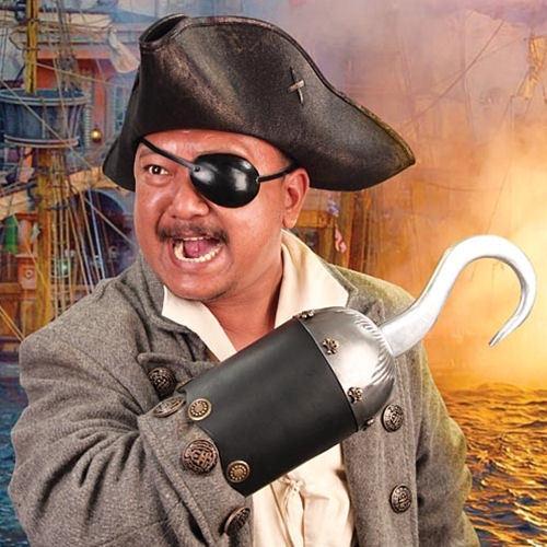 Пиратский крюк на руку