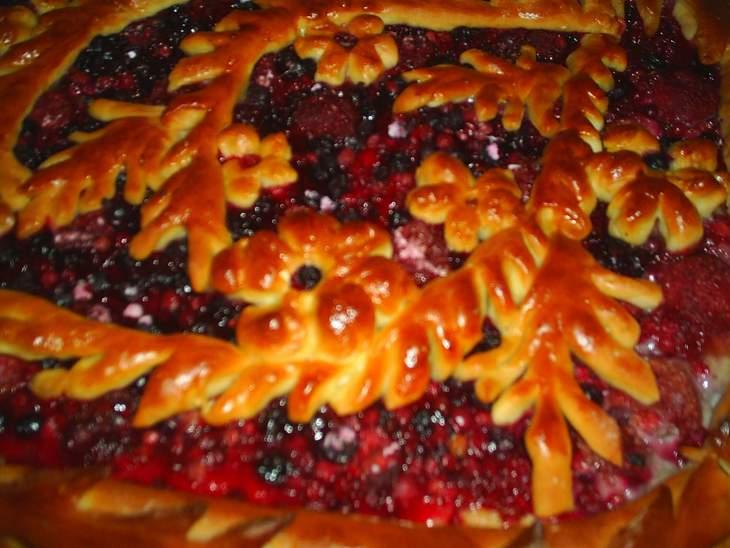 Пирожки дрожжевые с ягодой рецепты