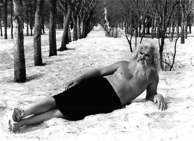 golie-zimoy-oblivanie