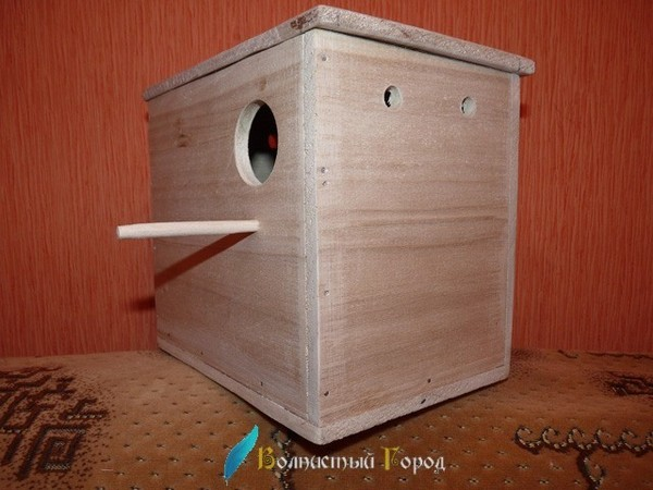Домик для волнистых попугаев фото
