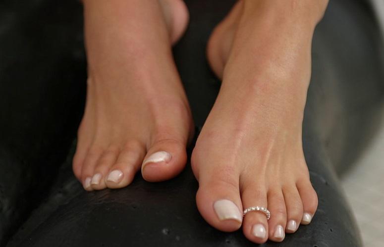 пальчики ног фото