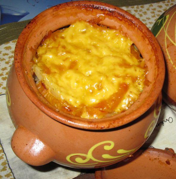 Курица в горшочках с картошкой с сыром в духовке рецепт с пошагово