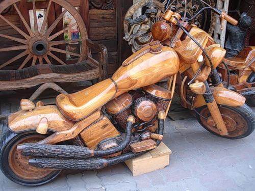 Мотоцикл из бревен