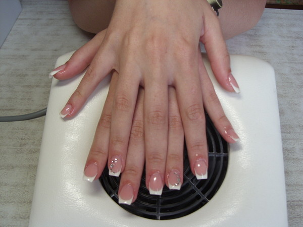 Дизайн квадратных коротких ногтей фото