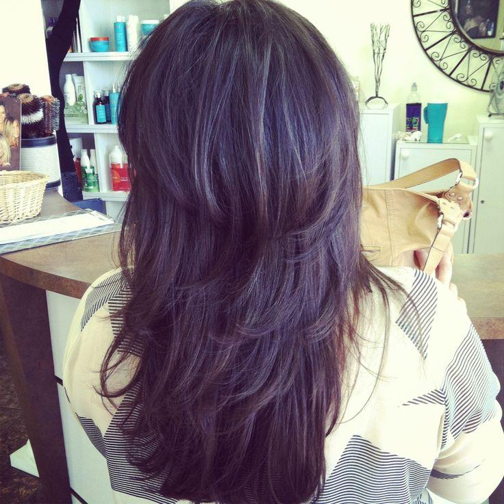 Ступенчатая стрижка на длинных волосах