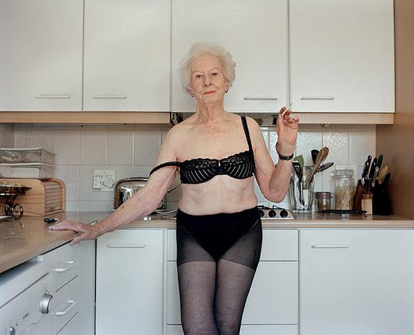 pictures of older nude women  229339