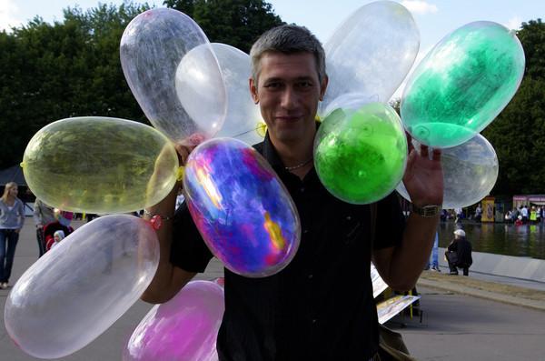 Как сделать из шарика презерватив