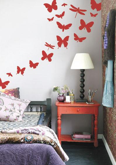 Интерьер бабочки на стене