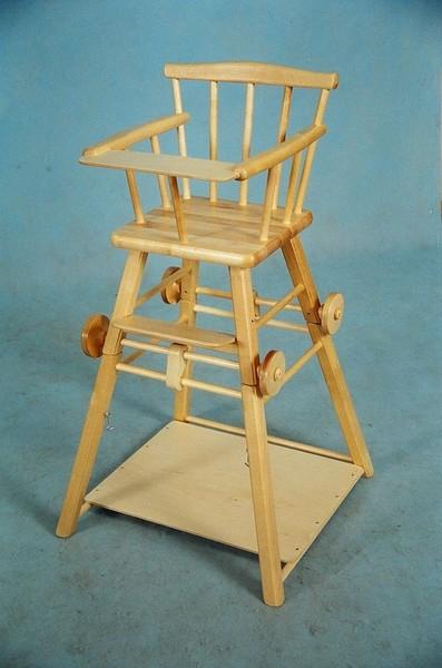Деревянный стул для кормления своими руками