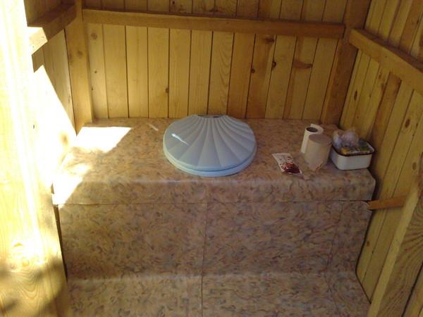 Запах туалет на даче