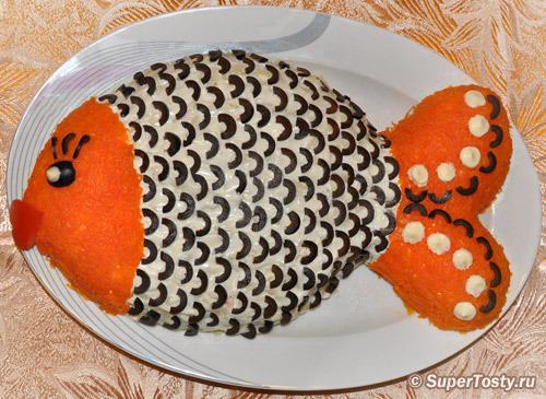 Салаты в форме рыбы