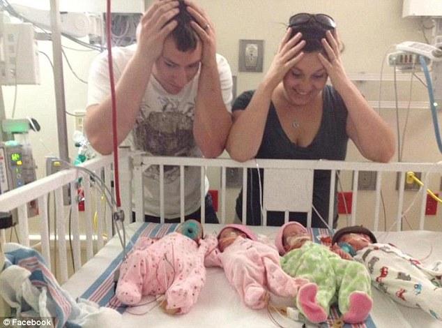 Фото беременных четверней