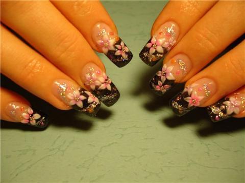 Рисунок на нарощенных ногтей