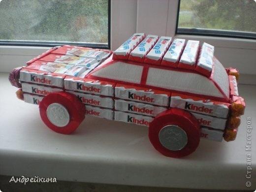 Машинка из картона своими руками из конфет