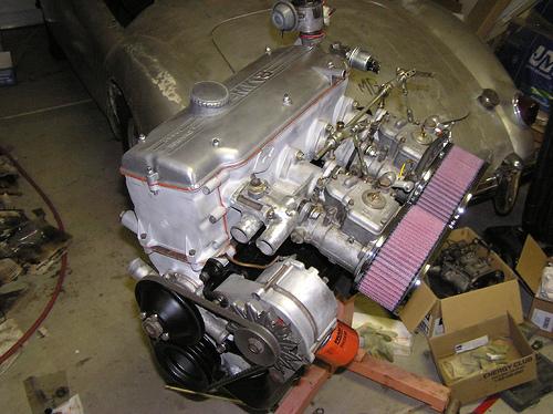 Двигатель от бмв на москвиче