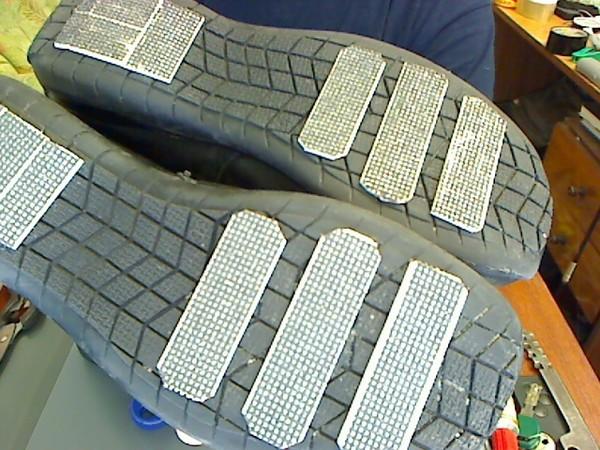 Как сделать чтоб кроссовки не скользили