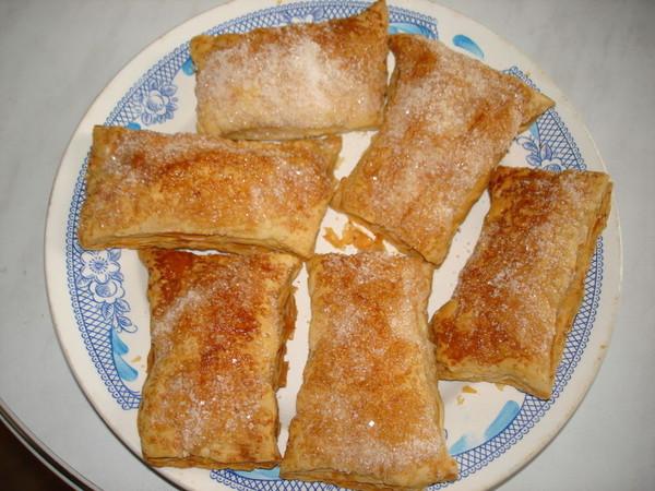 Рецепт язычки из слоеного теста с сахаром с фото пошагово в духовке