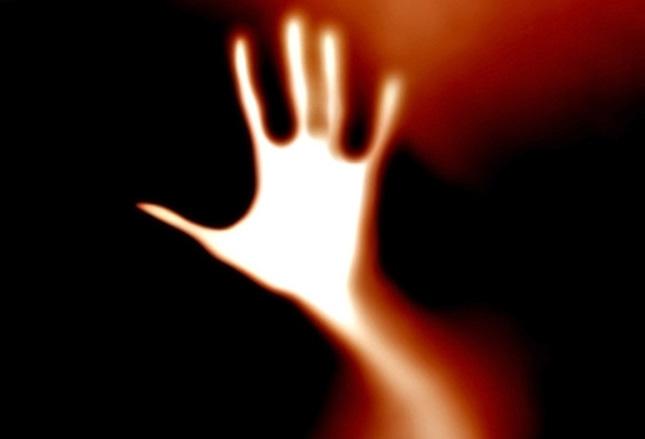 Болезнь когда рука живет своей жизнью