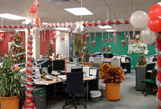 Оформление офиса к новому году 2015 своими