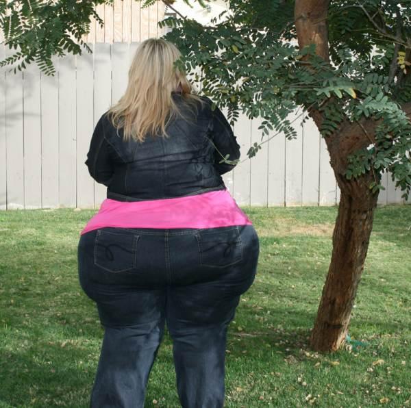 Жопы толстых женщин фото домашка56