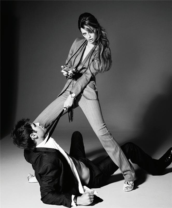 Красивая девушка наказала парня
