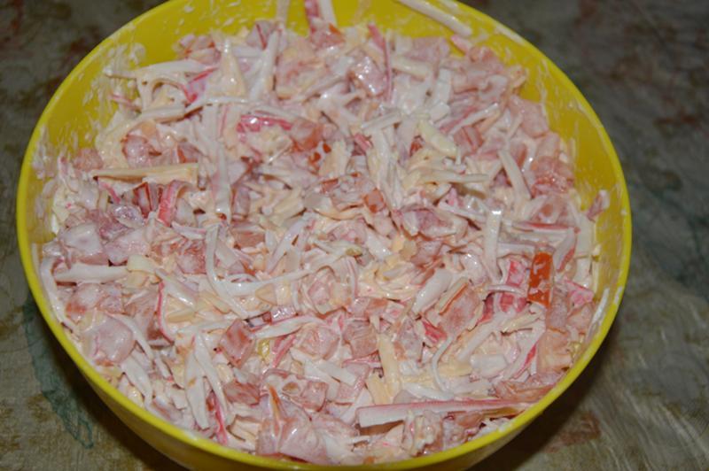 Салат из подручных продуктов