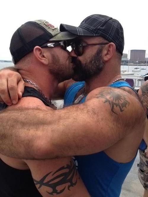 11 геев и 1 онатурал
