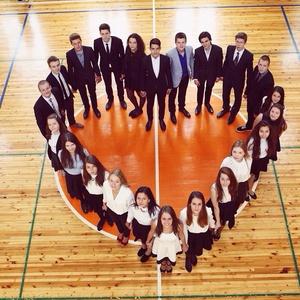 Коллективное фото сотрудников идеи