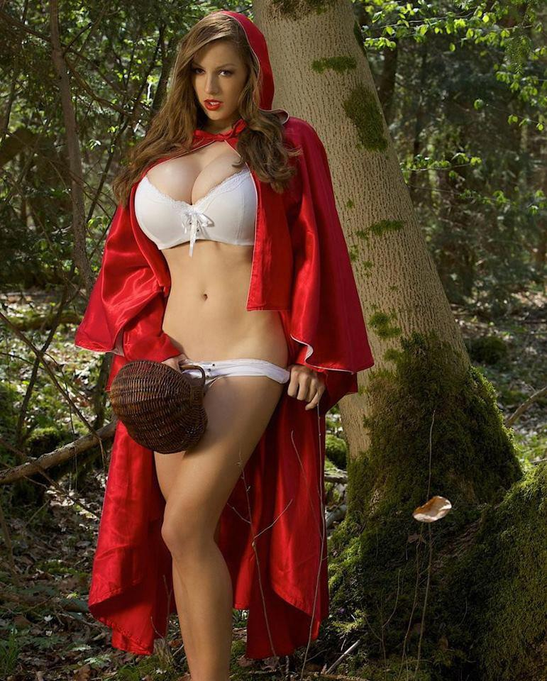 эро фото красная шапочка
