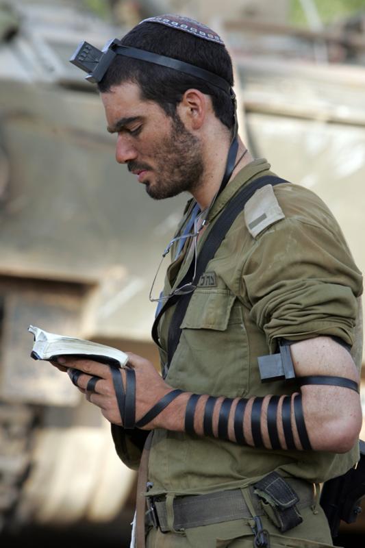 Что носят солдаты на голове