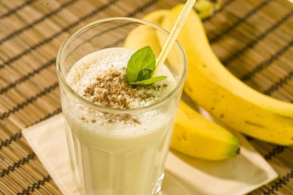Коктейли молочные с бананами рецепты