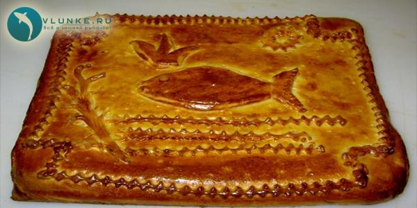 Пирог из слоеного теста с щукой рецепт