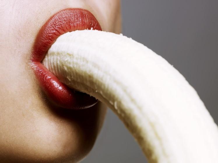 pokazivaet-svoy-orgazm-krupnim-planom