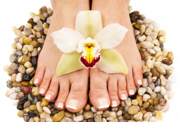 Грибок на пальцах ног чем лечить народные средства