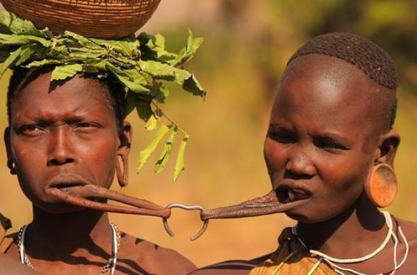 У каждого народа есть свои необычные традиции, которые могут вызвать у нас