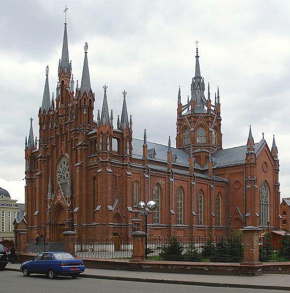 Здания в россии в готическом стиле