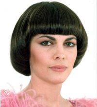 Стрижка вальс на короткие и средние волосы и её фото