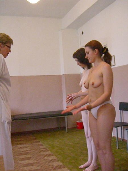 фото голых женщин медосмотр