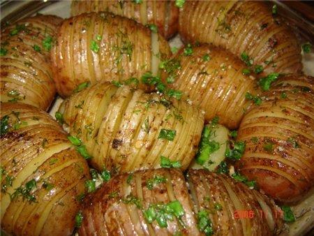 как долго запекать картошку в духовке