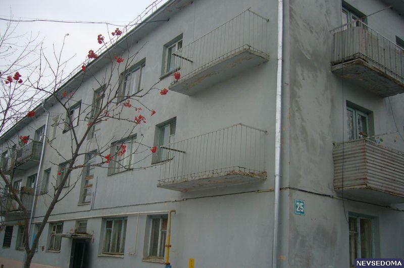 Ответы@mail.ru: кто-нибудь знает, почему в некоторых домах н.