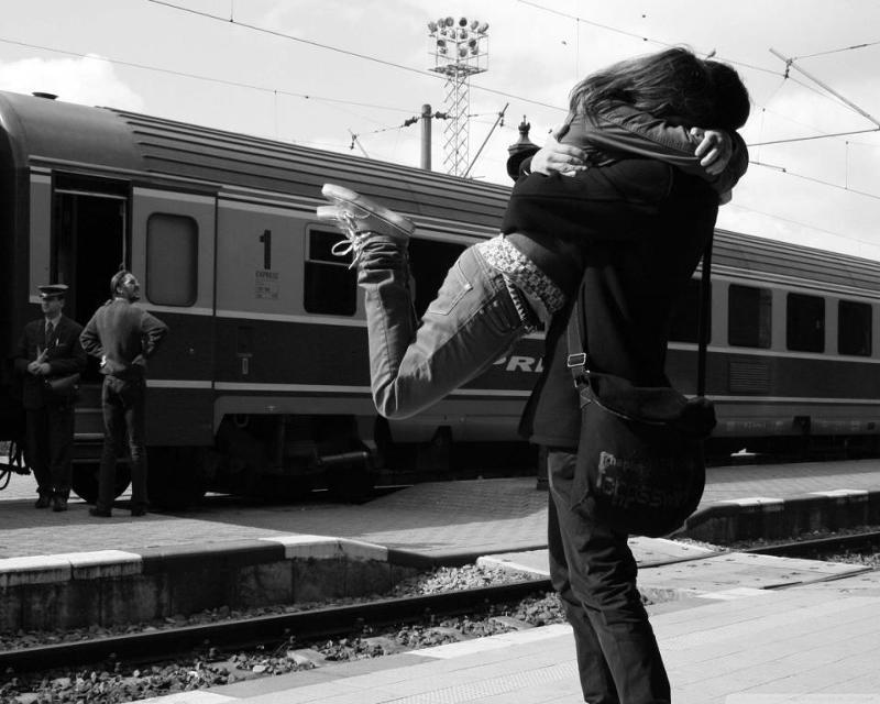 Романтичные картинки про любовь на расстоянии